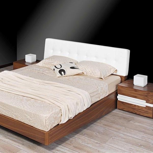 Κρεβατοκάμαρα Deniz από Ξύλο Καρυδιάς Set