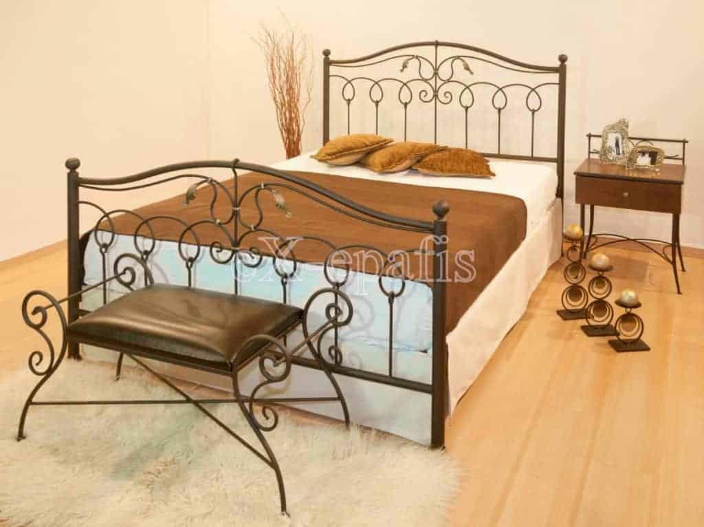 μεταλλικό κρεβάτι εσθήρ 127