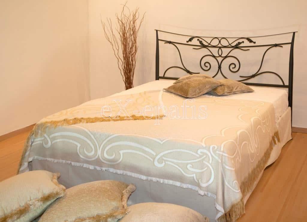 μεταλλικό κρεβάτι ναυσικά χωρίς ποδαρικό 133