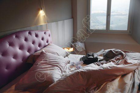 Κρεβάτι Lyle Capitonne Noctis - Κεφαλάρι